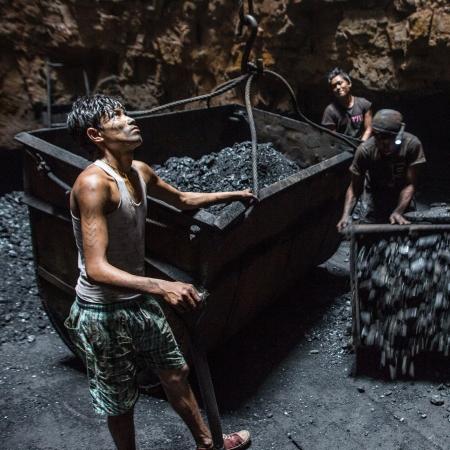 140327-kendrick-coal-india-09.jpg